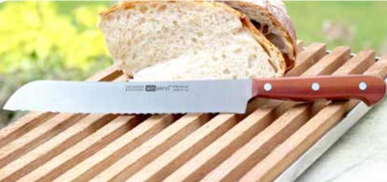 Messer mit Wellenschliff